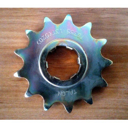 Bultaco front sprocket 520. 13 teeth.