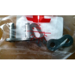 Hitch clip for chain type 520 black.