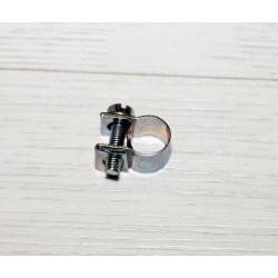 Abrazadera con tornillo para tubos gasolina 8-10 mm.